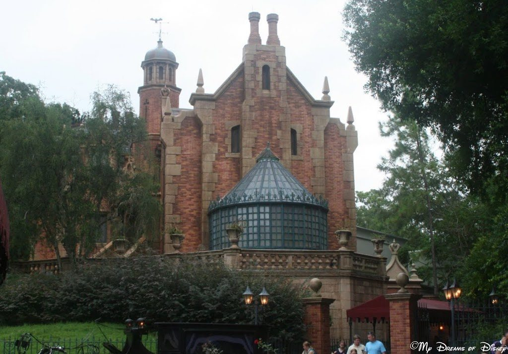 A Storyline Behind The Haunted Mansion Wdw Hints